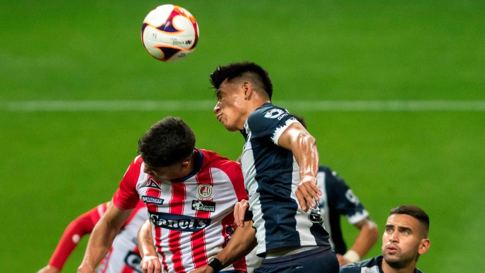 Jesús Gallardo olvida su pasaporte y regresa Monterrey - Jesus Gallardo
