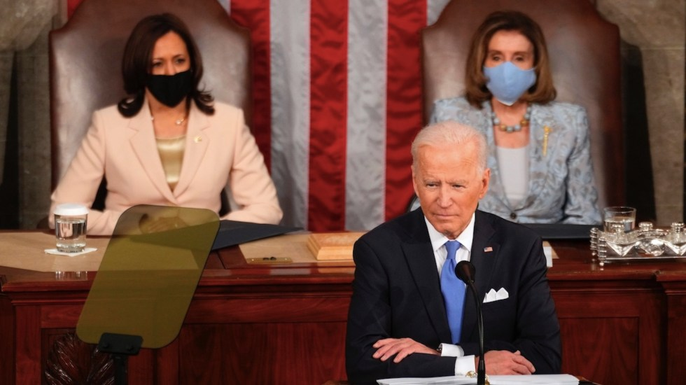 Biden pide apoyo a republicanos para restringir el acceso a las armas - Joe Biden pide a los republicanos aprobación de medidas migratorias. Foto de EFE