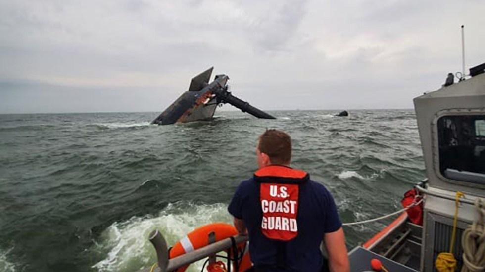 Continúa búsqueda de 9 personas tras hundirse barco comercial en aguas del Golfo de México - Labores de búsqueda y rescate de desaparecidos tras hundimiento de barco en aguas del Golfo de México. Foto de @uscgheartland