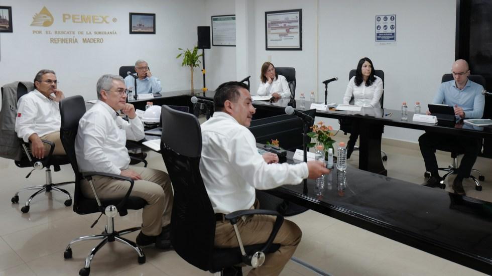 López Obrador evalúa resultados de modernización de la refinería de Ciudad Madero, Tamaulipas - López Obrador durante reunión en refinería de Ciudad Madero, Tamaulipas. Foto de @lopezobrador_