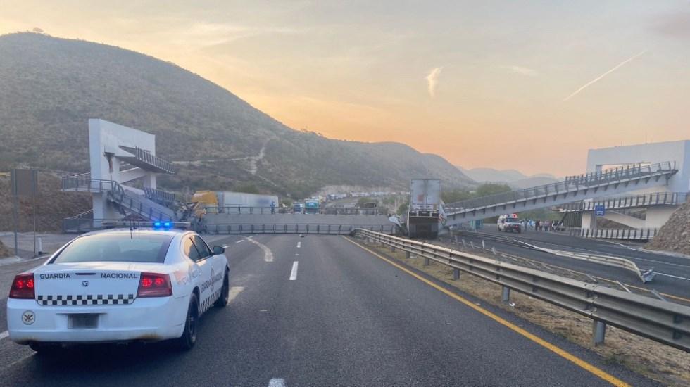 Colapsa puente peatonal en carretera 57 de San Luis Potosí - puente peatonal Queretaro Carretera 57