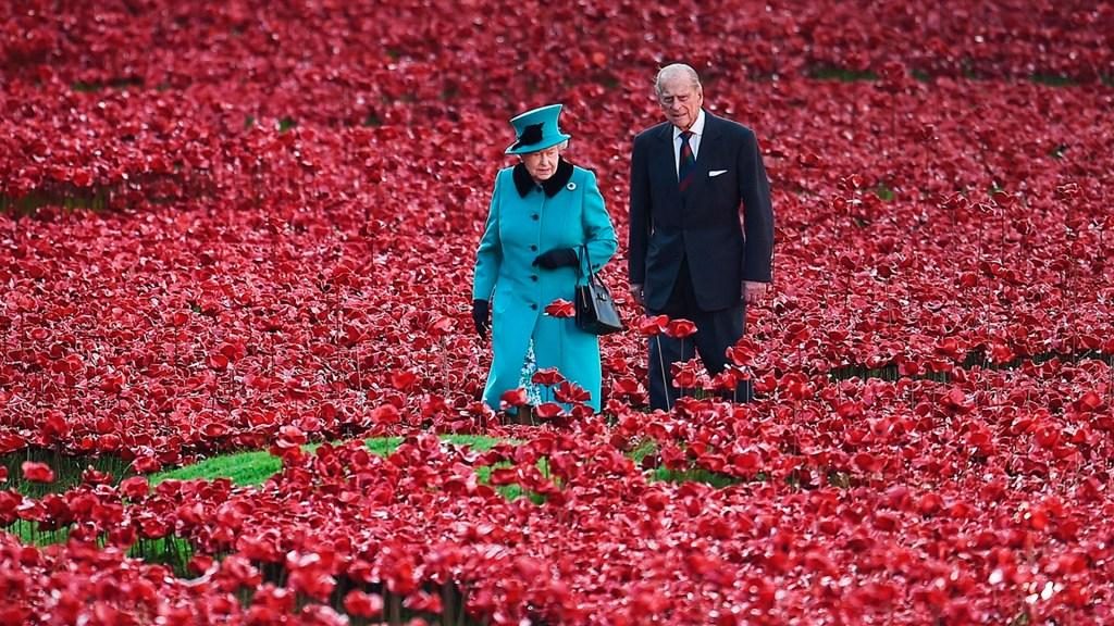 La historia que unió a la reina Isabel II y al duque de Edimburgo - duque edimburgo, principe felipe, y la reina isabel