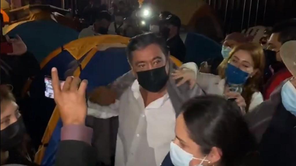 Félix Salgado Macedonio protesta afuera de instalaciones del INE - Salgado Macedonio INE Protesta Félix