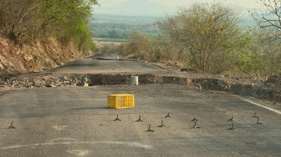 AMLO tiene pensada una gira por Aguililla, Michoacán, región azotada por la violencia - Aguililla Michoacán violencia caminos