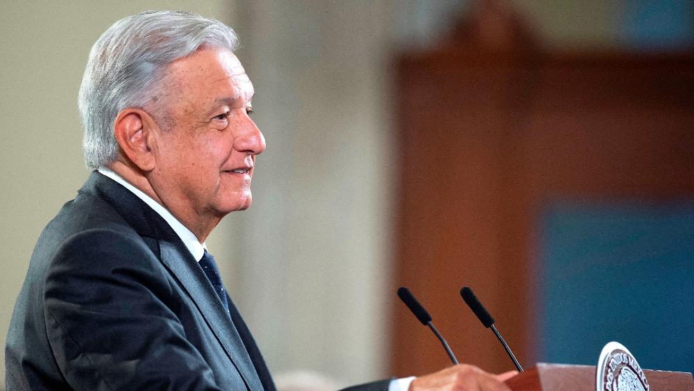 """López Obrador responde que no oculta """"nada"""" tras ser denunciado en la OEA - AMLO Lopez Obrador conferencia (1)"""