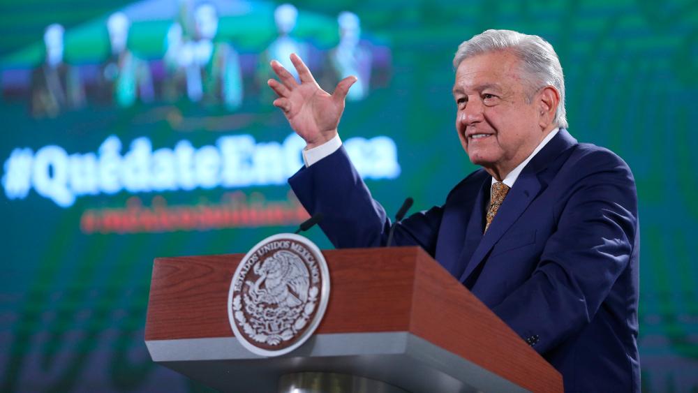 AMLO Lopez Obrador conferencia vitacilina