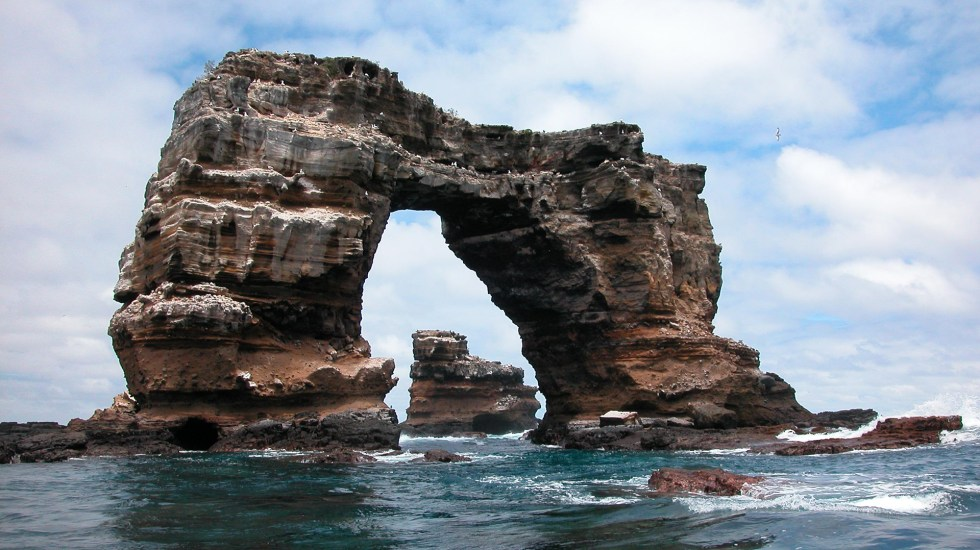 Colapsa el Arco de Darwin, icono geológico y turístico de las Galápagos - Arco de Darwin. Foto de Parque Nacional Galápagos / Flickr