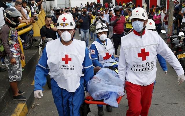 Presidente de Colombia anuncia el mayor despliegue militar en zona más afectada por violencia - Cali colombia muerto protesta disparos ataque 2