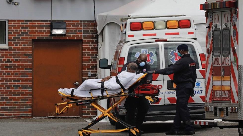 Estados Unidos se mantiene por debajo de las 900 muertes diarias por COVID-19 - Estados Unidos acumula 577 mil 489 muertos y 32 millones 469 mil 595 contagios por COVID-19. Foto de EFE