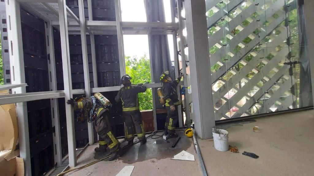 Bomberos controlan incendio en Polanco; no hay lesionados - Ciudad de México incendio Polanco