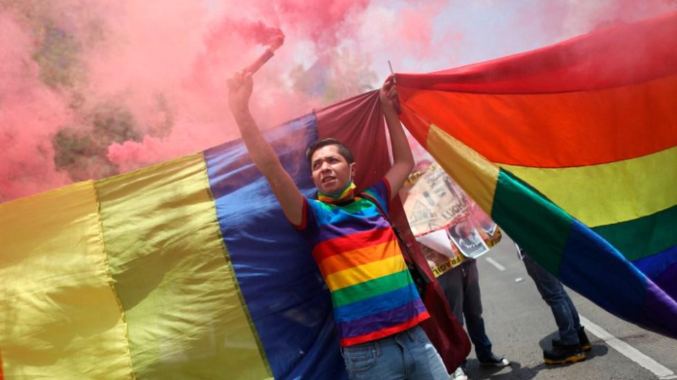 Comunidad LGBT de México exige fin de asesinatos, que siguen pese a pandemia - Comunidad LGBT México protesta