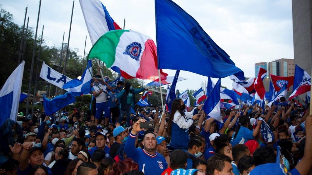 """""""Si ven fantasmas qué mal por ellos"""": Reynoso asegura que en Cruz Azul están tranquilos - Cruz Azul México partido Guard1anes 2021Cruz Azul México partido Guard1anes 2021"""
