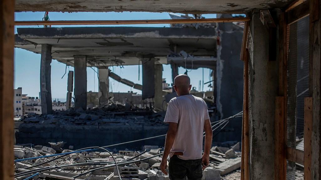 Bombardeos israelíes suman 243 mdd en daños en Gaza - Destrucción en la ciudad de Gaza tras bombardeo israelí. Foto de EFE