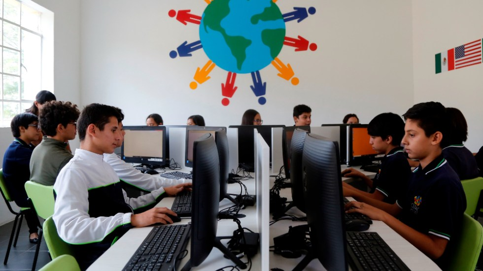 AMLO asegura que México continuará con aplicación de prueba PISA - estudiantes PISA