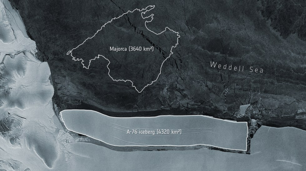 El iceberg más grande del mundo se desprende de la Antártida - Iceberg más grande del mundo. Foto de Misión Copérnico