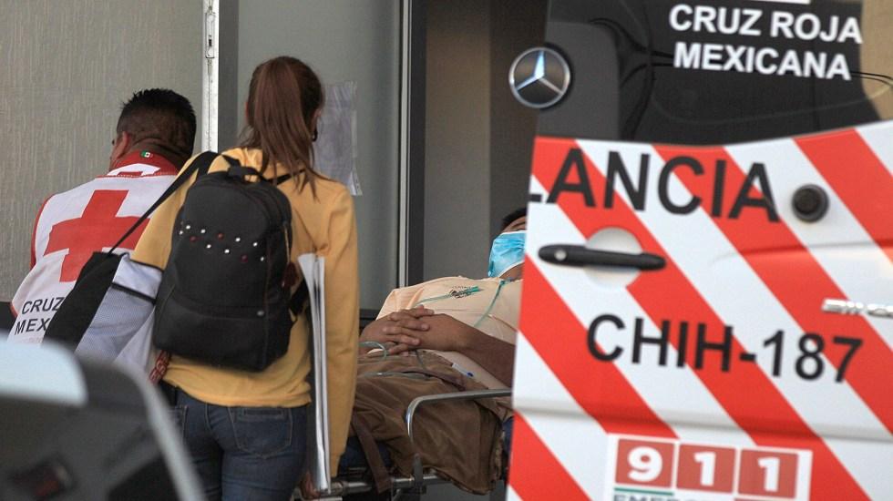 Universidad de Washington contabiliza más de 617 mil muertes por COVID-19 en México - Ingreso al hospital de paciente de COVID-19. Foto de EFE