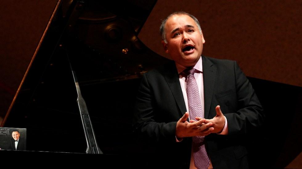 Javier Camarena: Venció mi amor al canto, que las ganas de abandonarlo - Javier Camarena