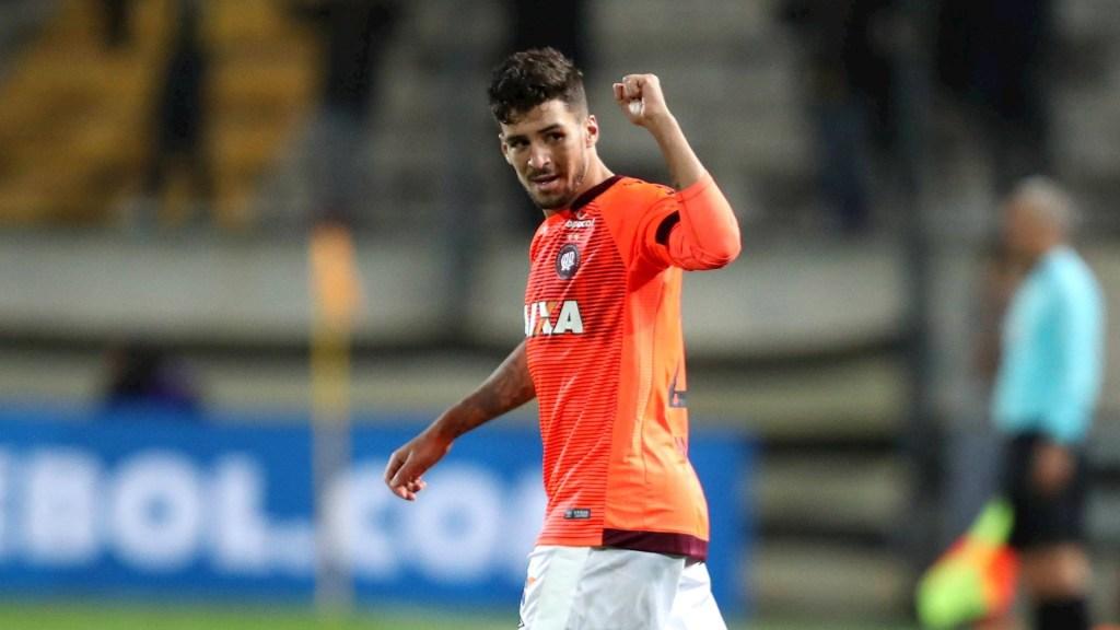 Juzgarán a futbolista en Brasil por atropellar a matrimonio de profesores - Marcinho Athletico Paranaense