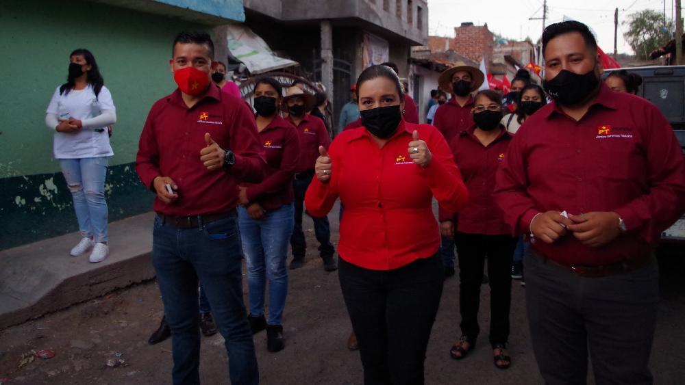 Atacan a balazos a candidata por Morena a la alcaldía de Cuitzeo, Michoacán - Rosa Elia Milán Pintor Morena Cuitzeo Michoacán