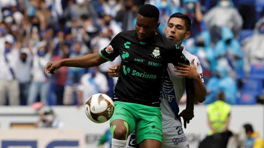 Puebla no logra la remontada y Santos va a la final - Santos Laguna Puebla partido futbol Guard1anes 2021