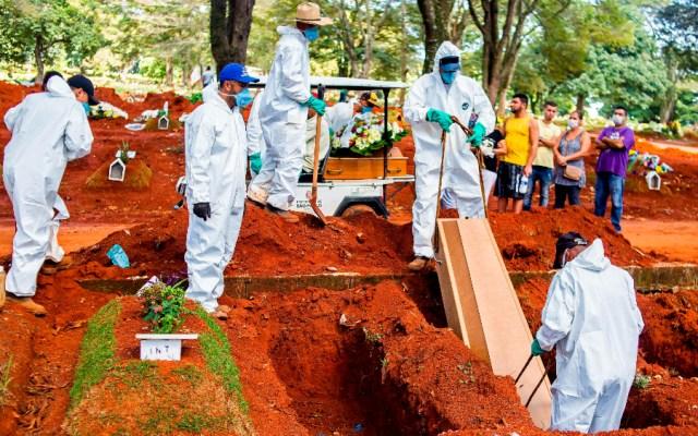 Brasil registra 11 mil 250 nuevos casos y 483 muertes por COVID-19 en 24 horas - Sao Paulo Brasil covid19 coronavirus muertes