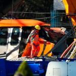 La zona cero del accidente de la Línea 12 del Metro de CDMX - Servicios de emergencia en zona de colapso de Línea 12 del Metro. Foto de EFE