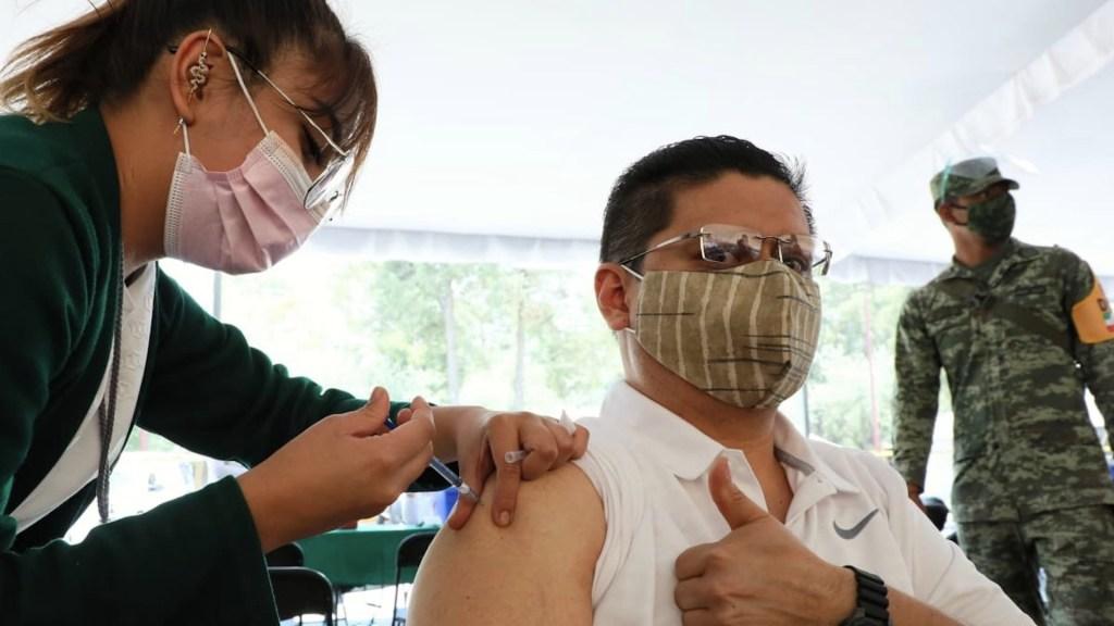 Iniciará vacunación para adultos de 40 a 49 años en cuatro alcaldías de la Ciudad de México - Vacunación CDMX. Foto de Twitter Claudia Sheinbaum