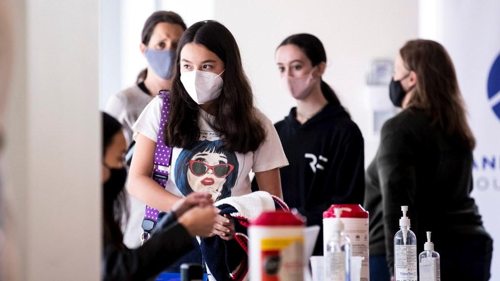 Vacunación COVID-19 Estados Unidos adolescentes