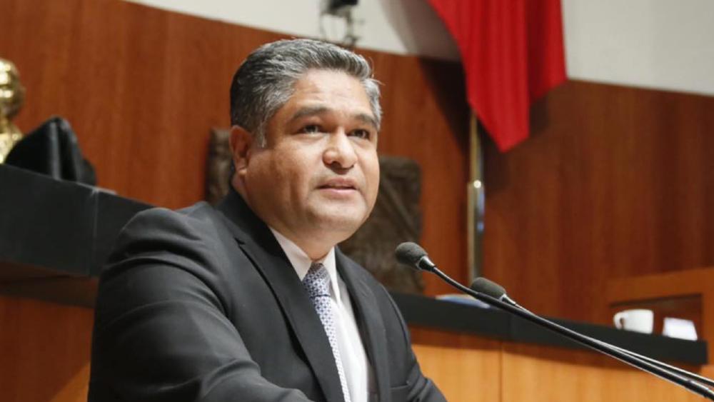 Víctor Fuentes, excandidato morenista a la alcaldía de Monterrey, se integra a los senadores del PAN - Victor Fuentes Solís