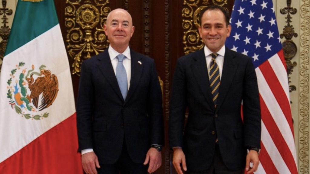 Herrera y Mayorkas conversan sobre seguridad, comercio y recaudación - Herrera y Mayorkas conversan sobre seguridad, comercio y recaudación. Foto de @ArturoHerrera_G