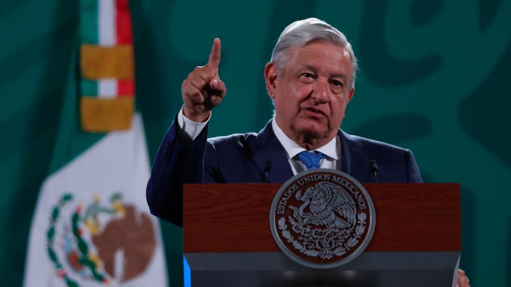 """AMLO arremete contra Gobierno y empresas de España por """"diferencias"""" - AMLO Lopez Obrador conferencia gabinete España"""