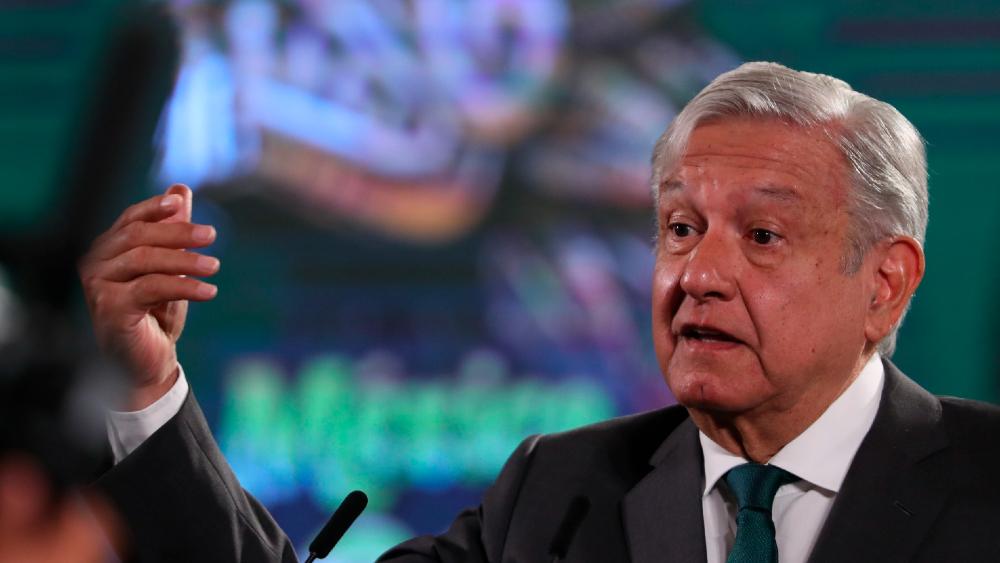 AMLO Lopez Obrador conferencia fascismo
