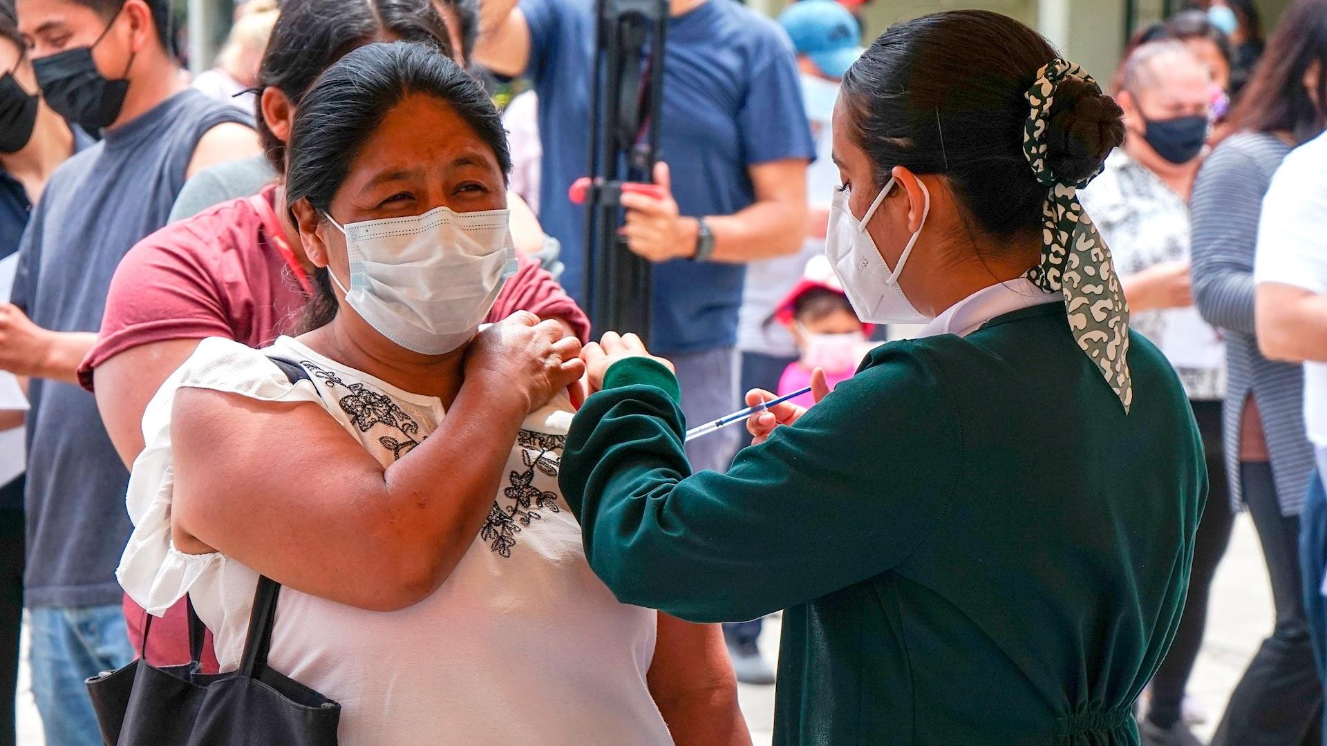 COVID-19 vacuna Tijuana coronavirus