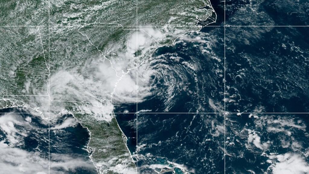 Se forma la cuarta depresión tropical de la temporada en el Atlántico - Cuarta depresión tropical en el Atlántico. Foto de NOAA / GOES