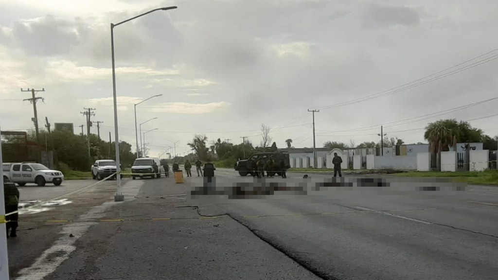 Reportan al menos nueve cuerpos en carretera de Miguel Alemán, Tamaulipas - Cuerpos en Miguel Alemán, Tamaulipas. Foto Especial