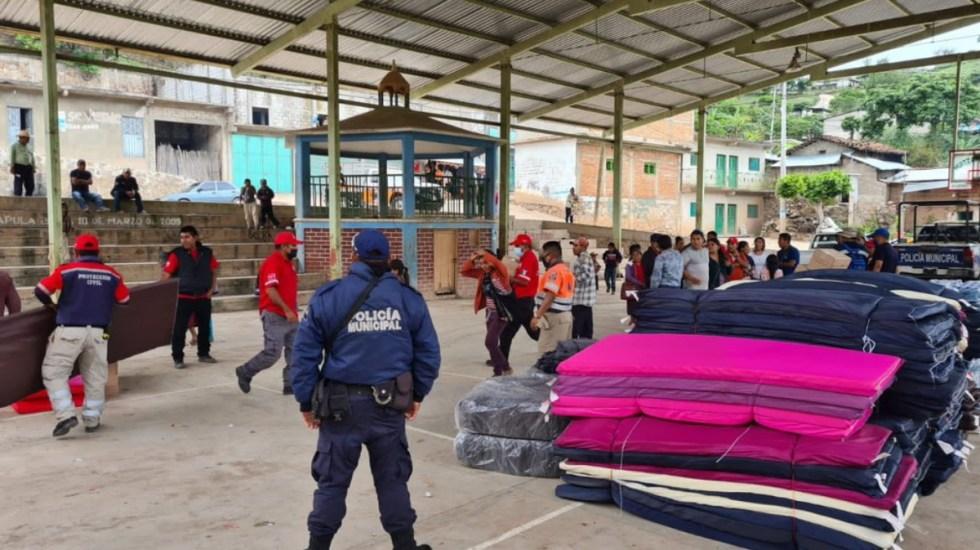 Refuerzan apoyo en Atlixtac, Guerrero, tras deslizamiento de suelo - Huitzapula Atlixtac Guerrero deslave