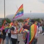 Múnich despliega el arcoíris en la ciudad y en el estadio