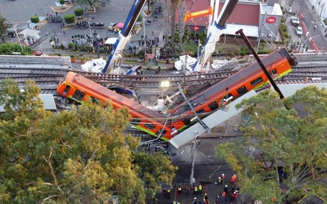 Dictamen Técnico de DNV sobre L12 del Metro será público el martes - Familiares de víctimas de la L12 del Metro piden consulta para condenar a culpables. Foto de EFE/Sáshenka Gutiérrez.