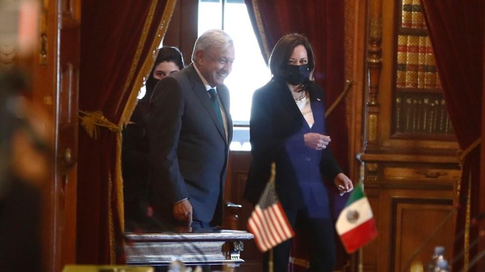 """Kamala Harris afirma que México y EE.UU. están entrado en una """"nueva era"""" - López Obrador y Kamala Harris. Foto de EFE"""