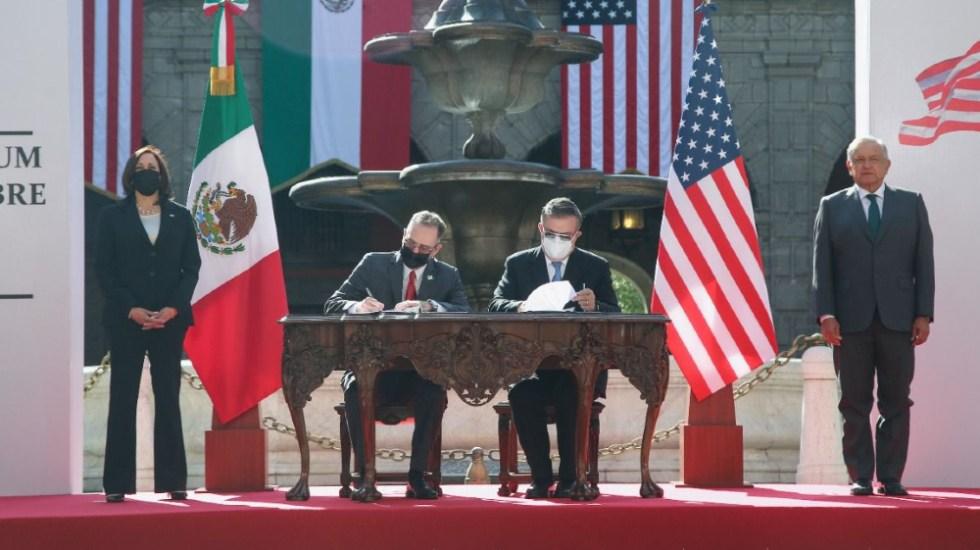 México y EE.UU. sellan memorándum de cooperación migratoria - Mexico EEUU memorándum migración Kamala Harris López Obrador AMLO