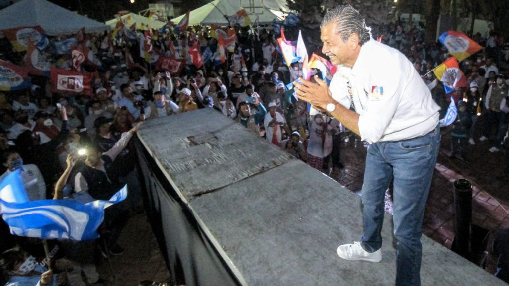 Octavio Pedroza Gaitán lleva la delantera en San Luis Potosí - Octavio Pedroza