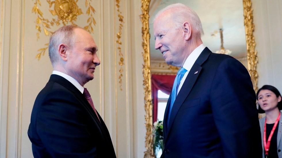 Biden dice que es mejor verse a cara a cara y Putin desea cumbre productiva - Encuentro entre los presidentes Vladimir Putin y Joe Biden. Foto de EFE