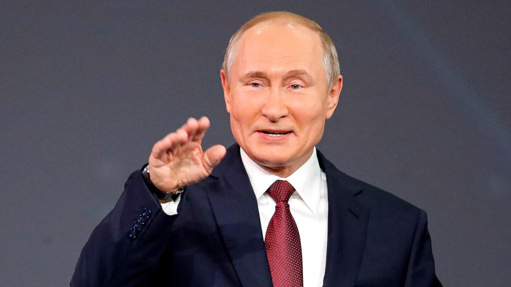 Decenas de personas del entorno de Putin se contagiaron de COVID-19 - El presidente de Rusia, Vladimir Putin. Foto de EFE / Archivo