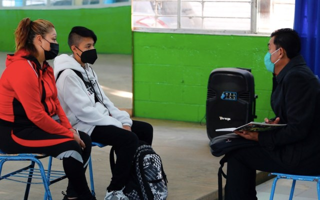 SEP establece lineamientos para el regreso a clases presenciales - SEP México, Ecuador y Uruguay reabren sus aulas en medio de la pandemia. Foto de EFE