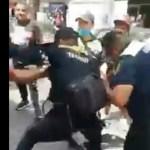 #Video Sujetos golpean a policías de Tránsito en el Centro Histórico