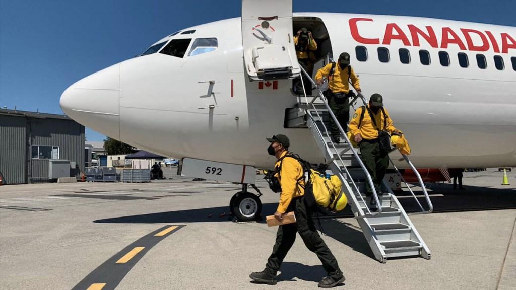 México envía segundo contingente para apoyar en incendios forestales en Canadá - México Ayuda incendios forestales Canadá