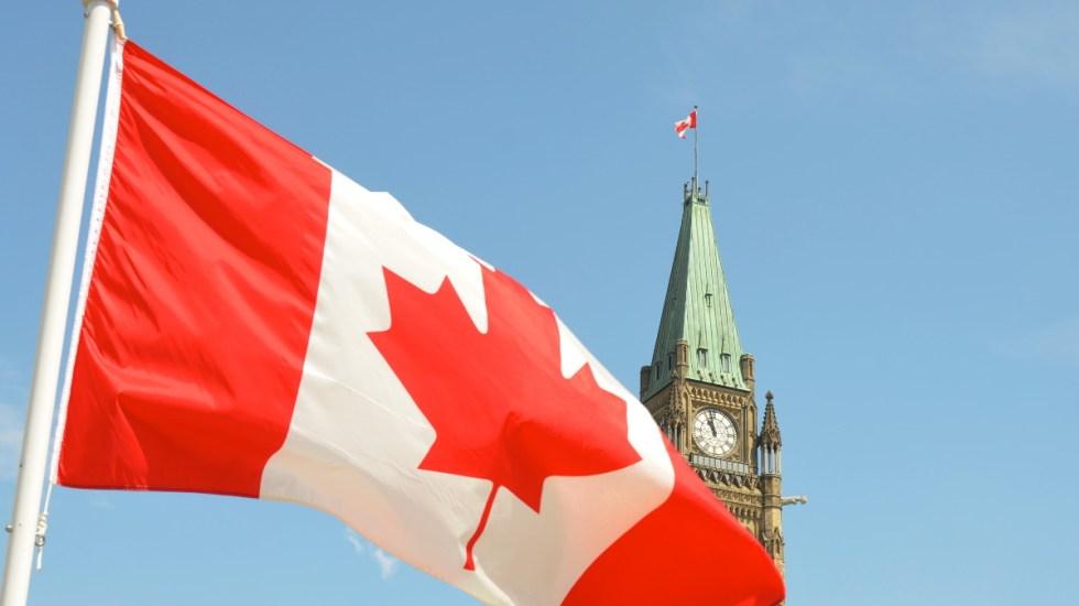 Tumbas de niños indígenas convierten el Día de Canadá en una jornada de luto - Canadá país bandera