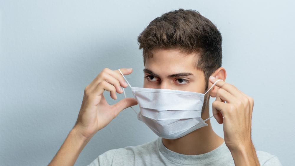 Estudiantes y profesores vacunados en EE.UU. no necesitarán cubrebocas - cubrebocas mascarilla mask