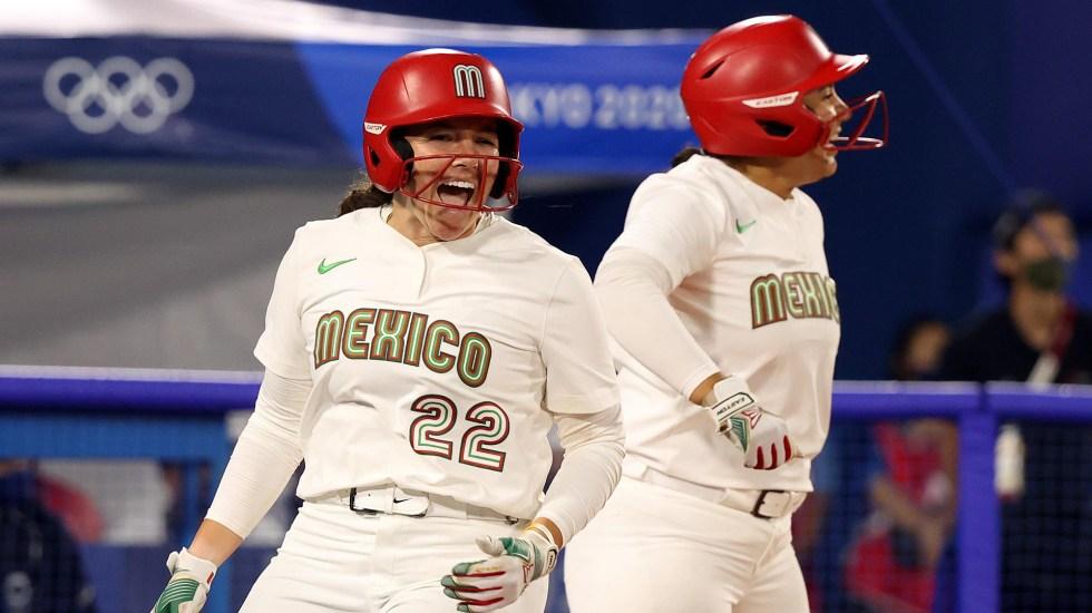 México clasifica en softball al juego por medalla de bronce - Equipo femenil de softball de México. Foto de @juegosolimpicos