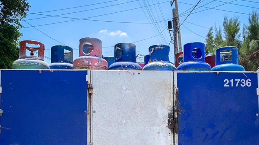 Cofece exhorta a CRE a respetar normativa vigente para fijar precios del gas LP - gas lp cilindros Gas Bienestar